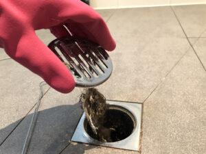 Отпушване на канали в баня